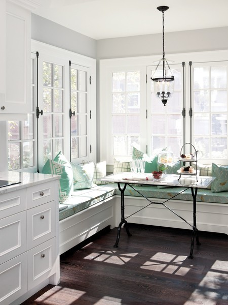 breakfast nook look built in banquette seating cococozy. Black Bedroom Furniture Sets. Home Design Ideas