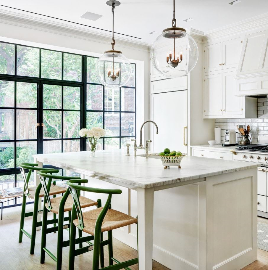 White Kitchen: WELL DESIGNED KITCHEN - TOP 5 MUST HAVES