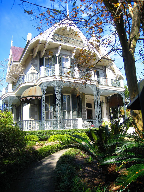 See This House Sandra Bullock 39 S New Orleans Home Why It Was Once My Dream Cococozy
